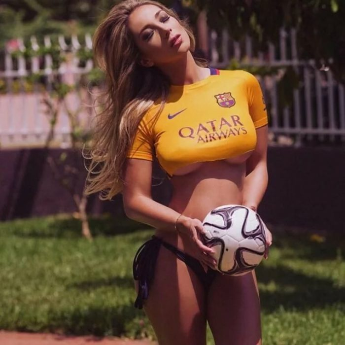 Шикарные жены и девушки футболистов (92 фото)