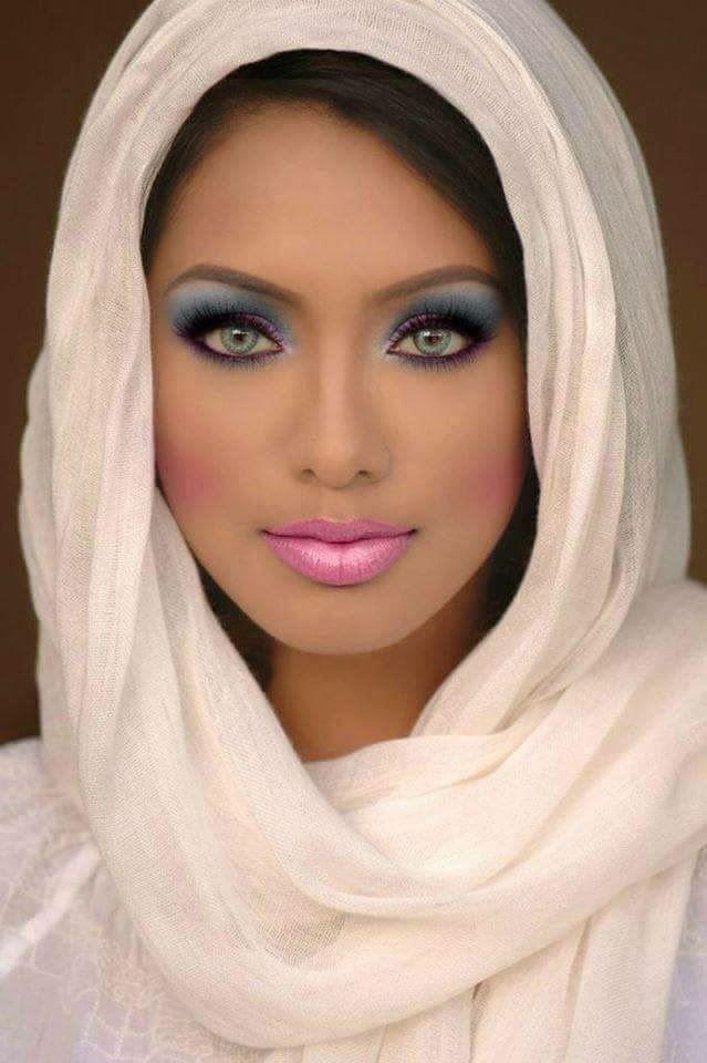 Арабские девушки (50 фото)
